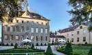 Regus acquisisce  per 11 milioni di euro il Castello di Schengen. La vendita è partita solo dopo l'approvazione da parte del Vaticano