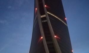"""La  """"Generali Tower """"  firmata  da  Zaha  Hadid  Architects  protagonista tra gli eventi  del  Fuorisalone milanese  ( 23  aprile  2018)."""