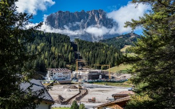 Rubner Objektbau: nuova cabinovia in simbiosi con le montagne, a Selva di Val Gardena